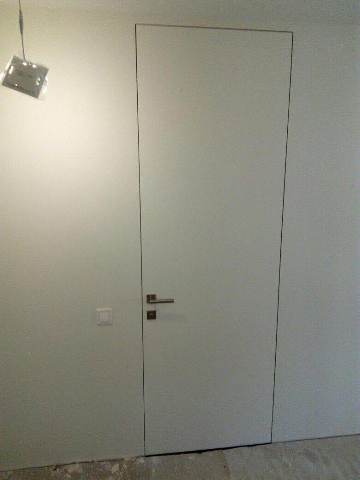 Скрытые двери под потолок