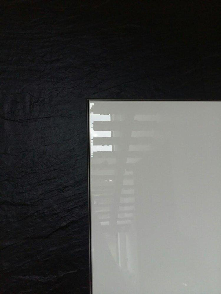 Двери скрытого монтажа со стеклом лакобель белое Invisible - Межкомнатные двери — фото №10