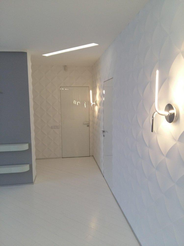 Двери скрытого монтажа со стеклом лакобель белое Invisible - Межкомнатные двери — фото №12