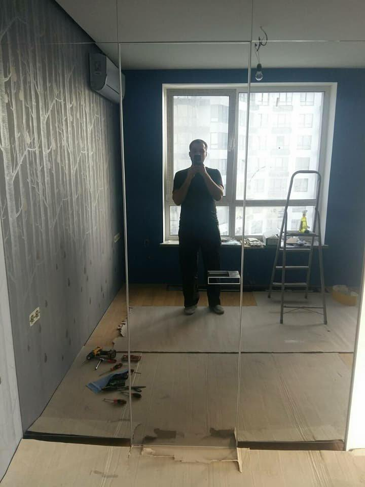 Двери скрытого монтажа с зеркалом серебро с двух сторон Invisible - Межкомнатные двери — фото №1