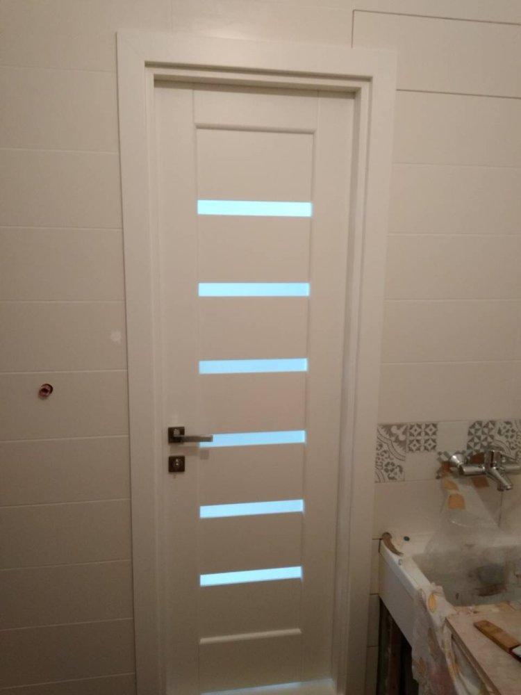 Двери Линнея Новый Стиль белый мат премиум стекло Сатин - Межкомнатные двери — фото №1