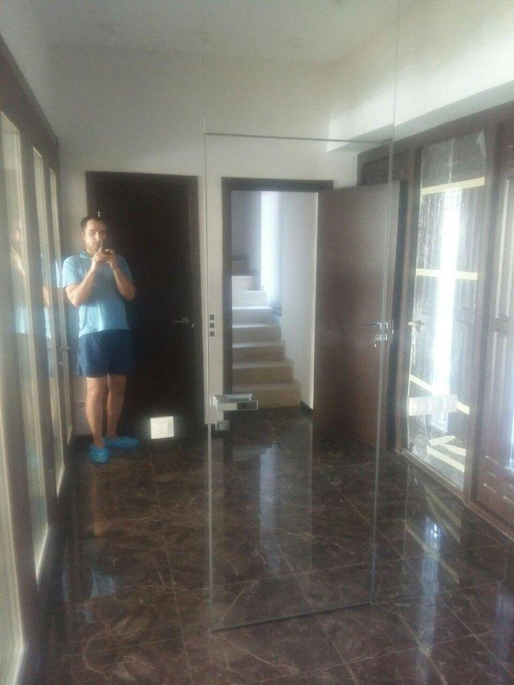 Двери скрытого монтажа с зеркалом серебро с двух сторон Invisible - Межкомнатные двери — фото №4