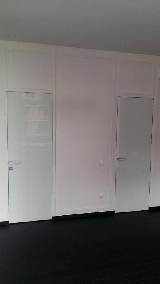 Двери скрытого монтажа со стеклом лакобель белое Invisible - Межкомнатные двери — фото №7