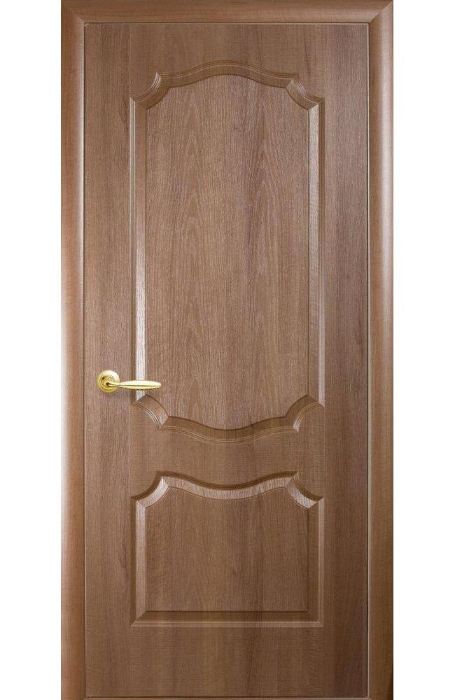 Двери Вензель Новый Стиль золотая ольха делюкс глухое - Межкомнатные двери — фото №1