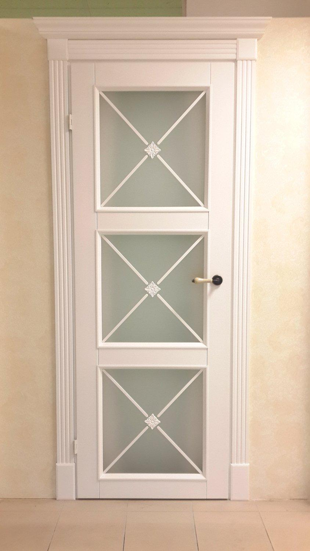 Белые двери Прованс