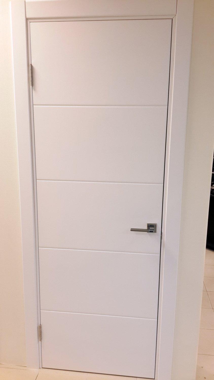 Белые двери Хай-Тек