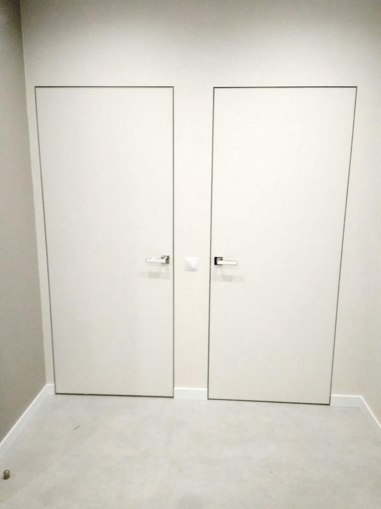 Межкомнатные двери скрытого монтажа Invisible под отделку