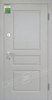 Входные двери Прованс-3 Білоруський Стандарт України какао текстура супермат / білий супермат 12 мм(полотно),16 мм(наличники)