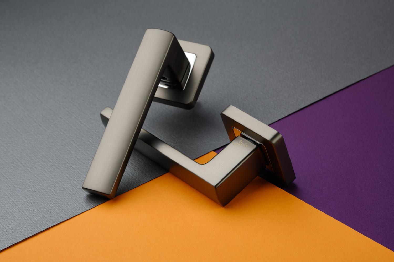 Ручки Safita Strong SQ MSB/CP графит матовый / полированный хром - Дверные ручки — фото №7