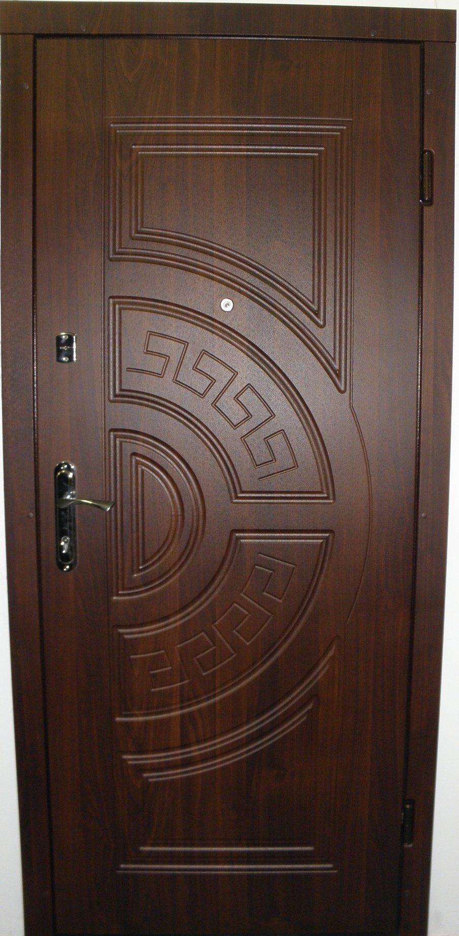 цена входной металлической дверей